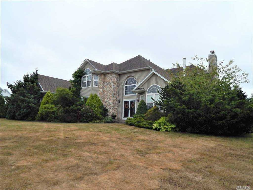 Residenziale in 11 Redwood Lane, Miller Place, NY ,11764