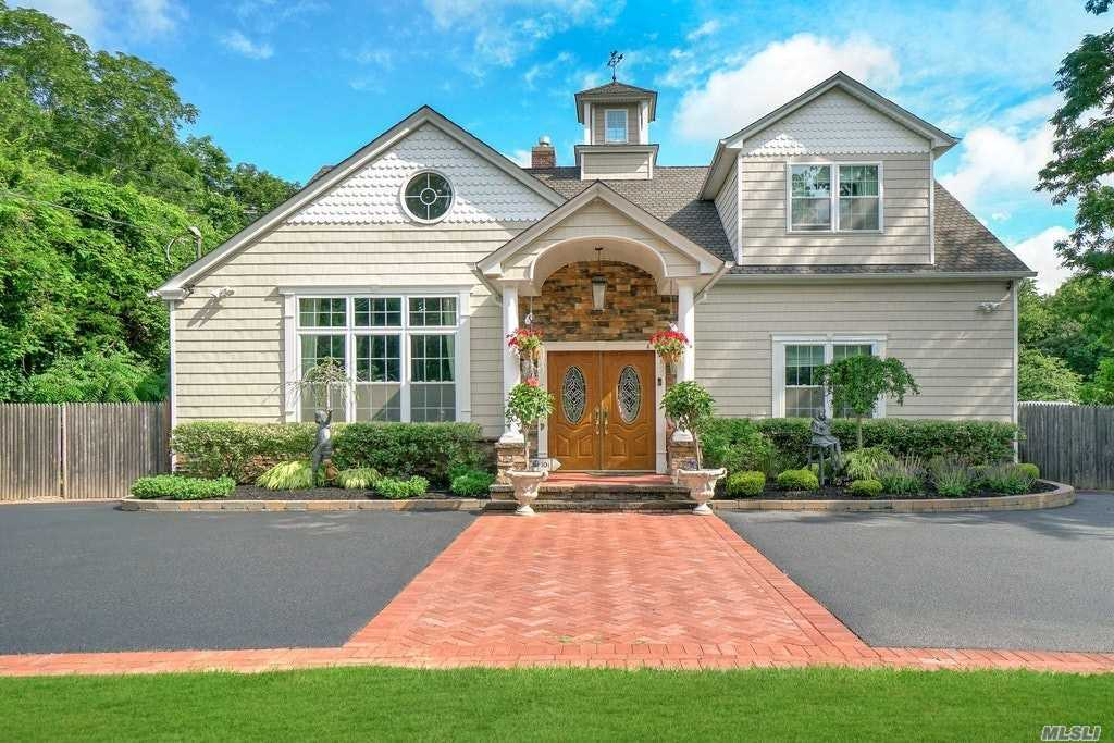 Residenziale in 47 Old S Country Road, Brookhaven, NY ,11719