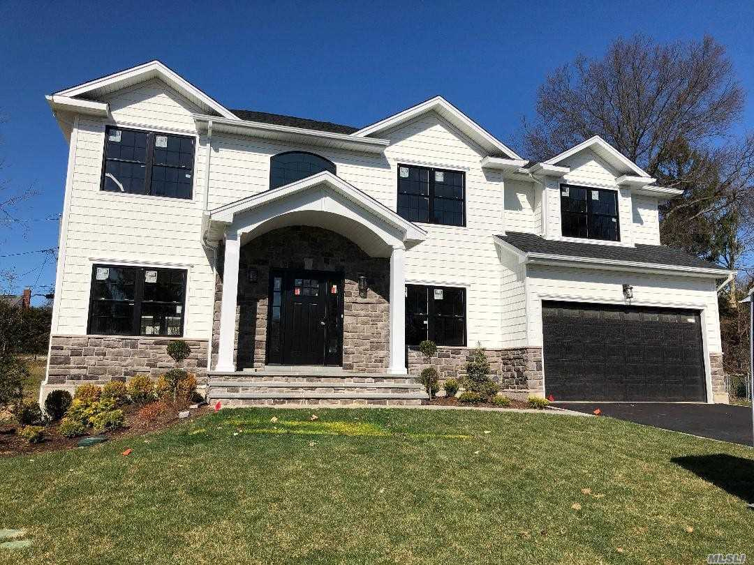 Residenziale in 88 Main Parkway E, Plainview, NY ,11803