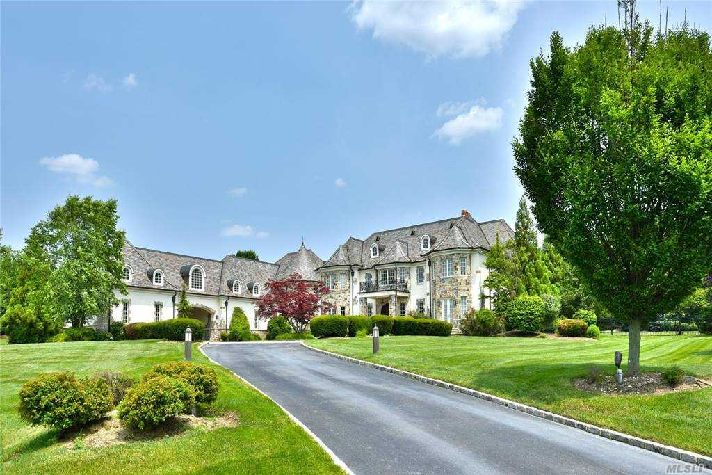 Residenziale in 5 Dupont Court, Brookville, NY ,11548