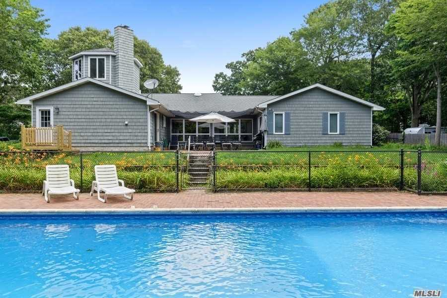 Residenziale in 38 Founders Path, Baiting Hollow, NY ,11933