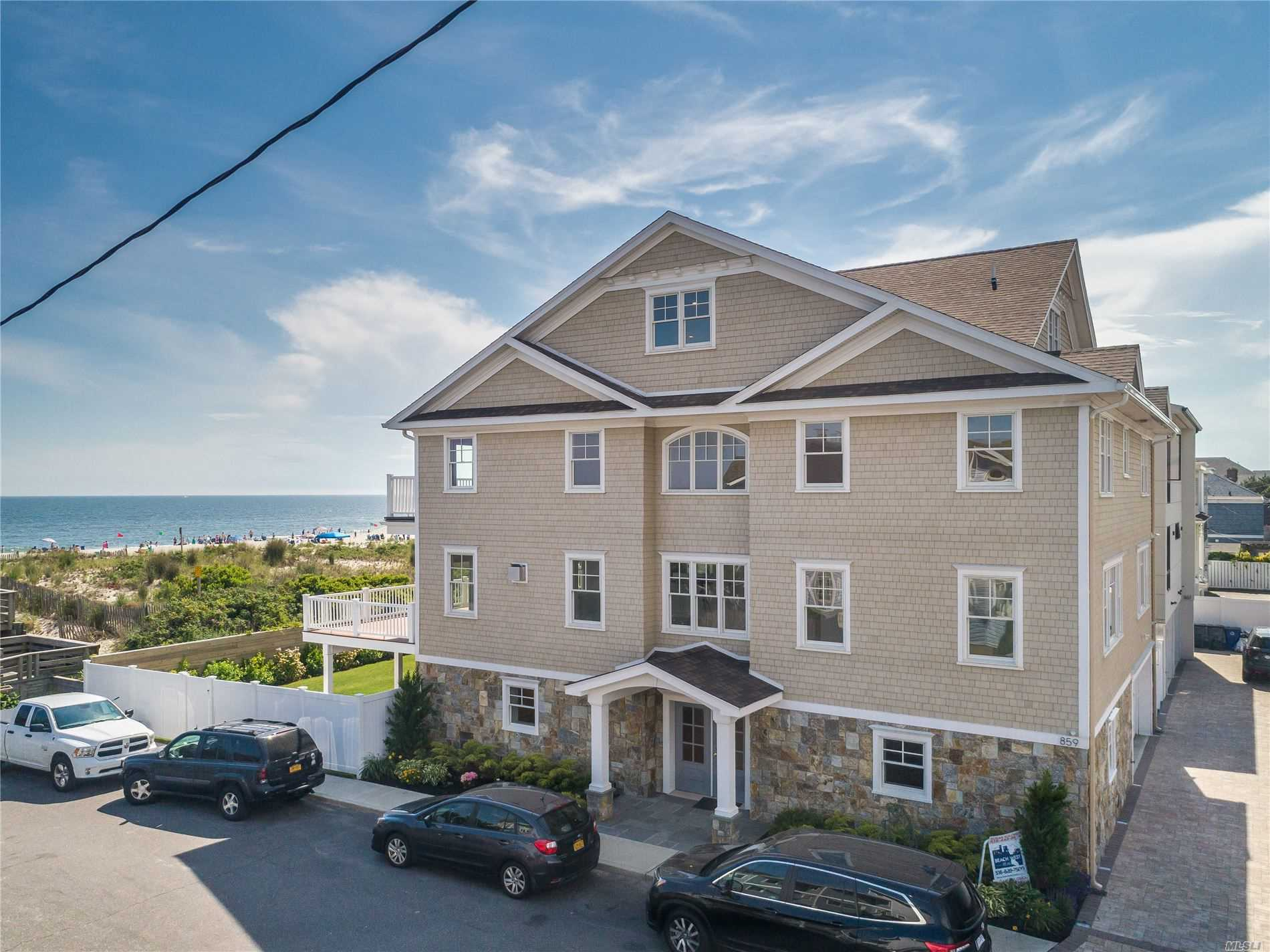 Residenziale in 7 Arizona Avenue, Long Beach, NY ,11561
