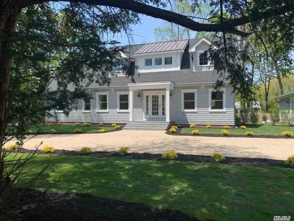 Residenziale in 199 South Country Road, Bellport Village, NY ,11713