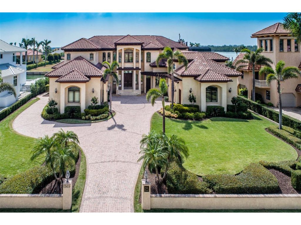 Residenza monofamiliare in vendita in 1569 HEIGHTS CT, MARCO ISLAND, Florida ,34145