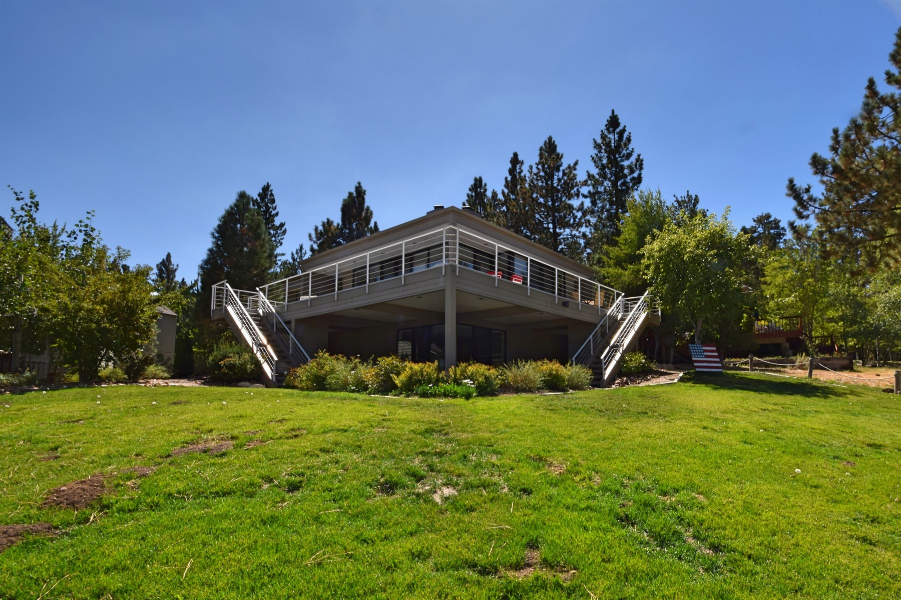 Residenza monofamiliare in vendita in 39280 Waterview Drive, Big Bear Lake, California ,92315