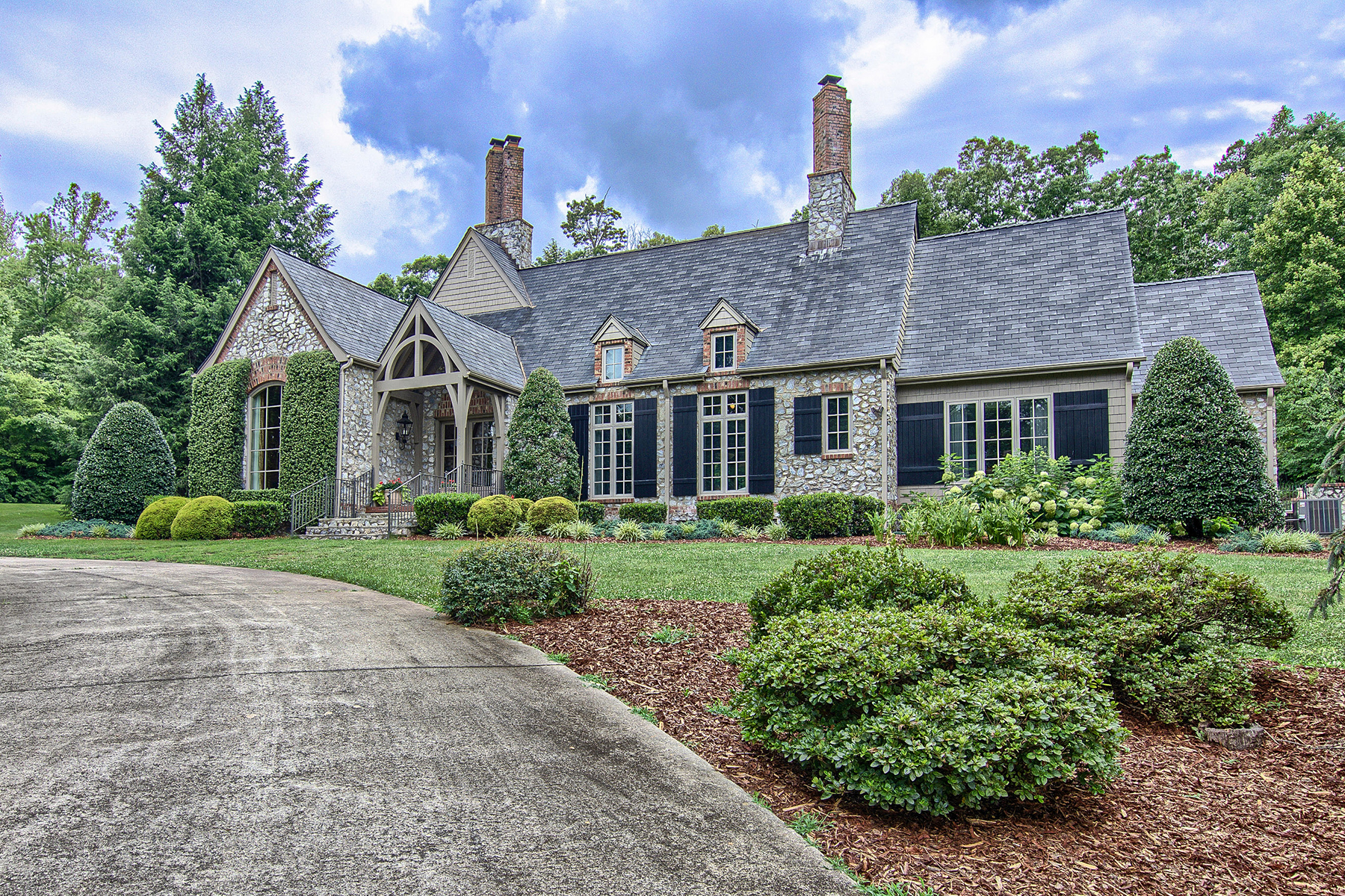 Residenza monofamiliare in vendita in 186 Pleasant Meadow Estates Drive, Marion, NC ,28711