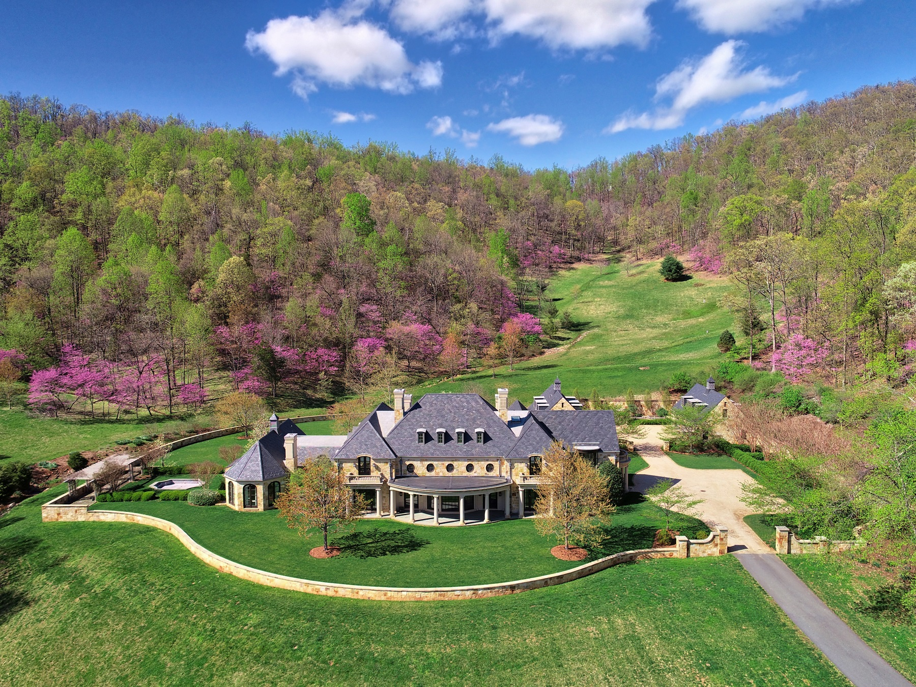 Residenza monofamiliare in vendita in 5600 Turkey Sag Rd, Keswick, Virginia ,22947