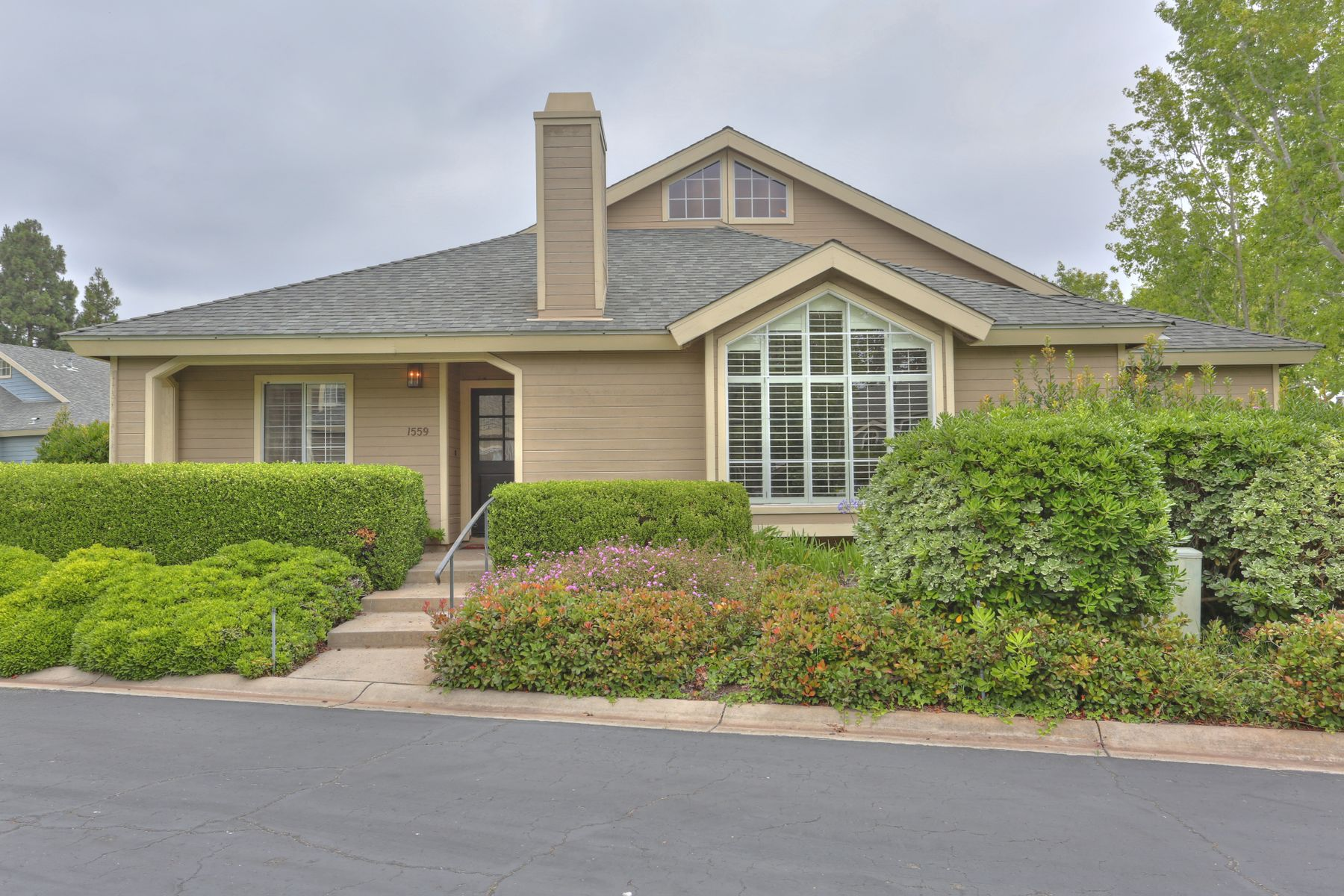 Residenza monofamiliare in vendita in 1559 Meadow Circle, Carpinteria, California ,93013