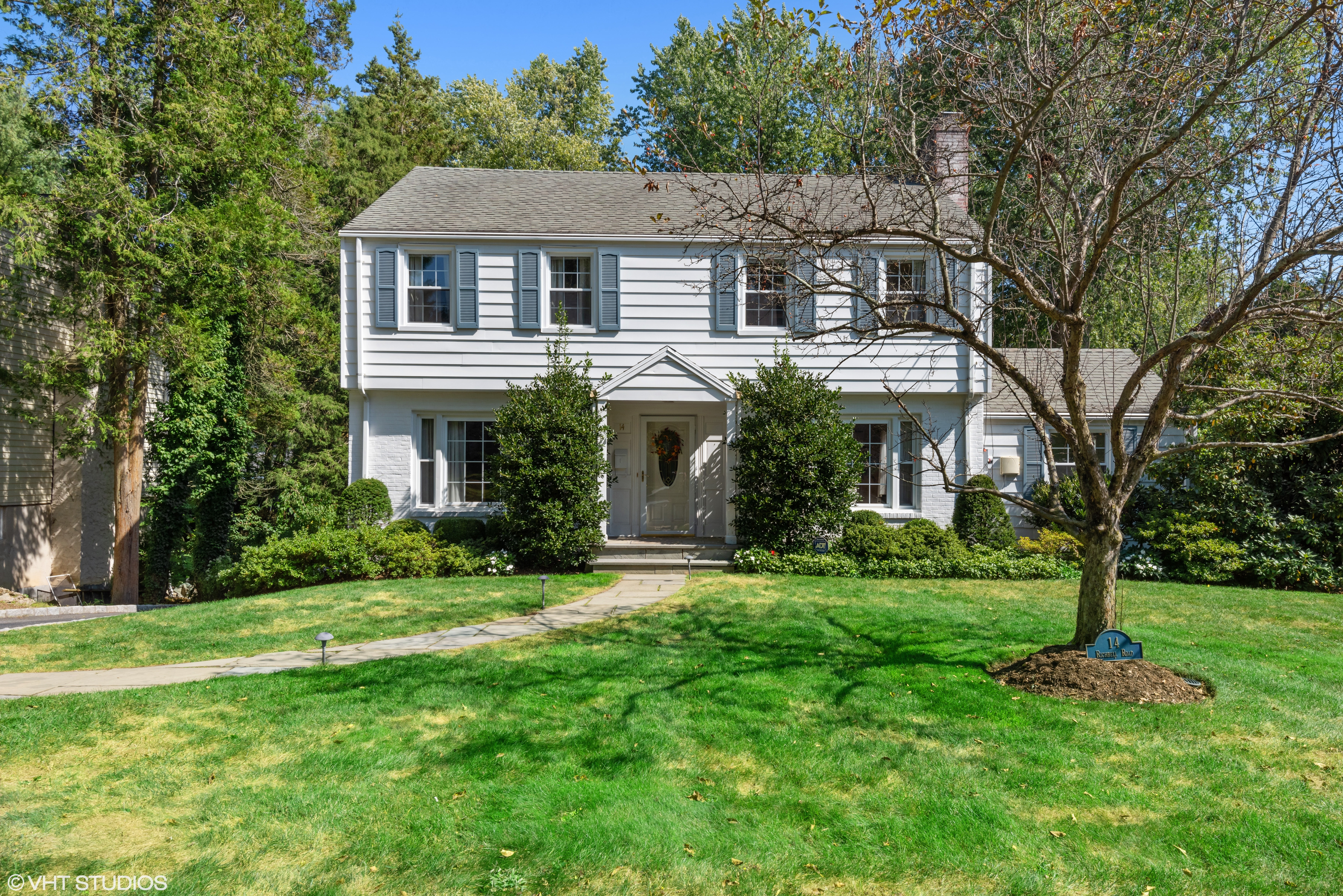 in 14 Richbell Road, White Plains, NY ,10605