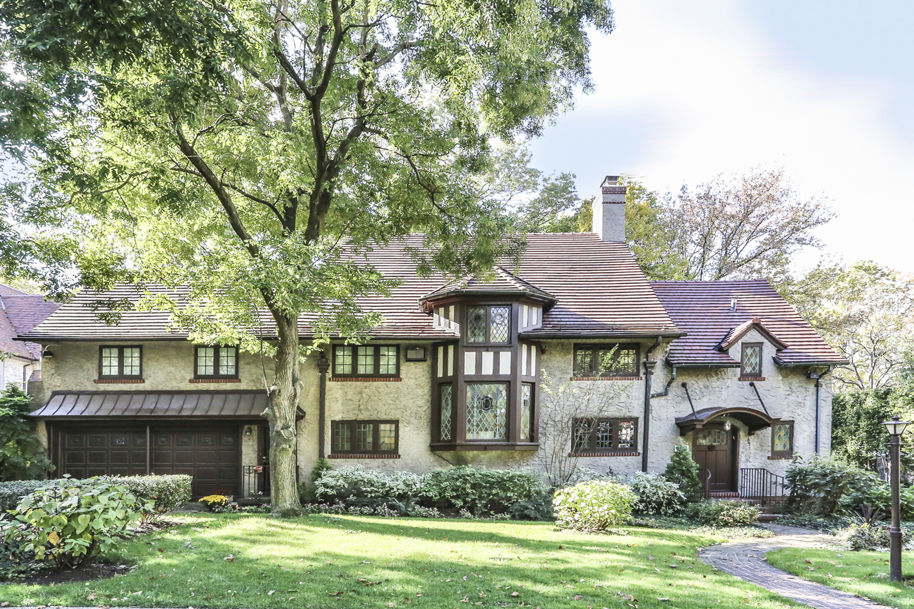 Residenza monofamiliare in vendita in 229 Greenway South, Forest Hills Gardens,, Forest Hills, NY ,11375