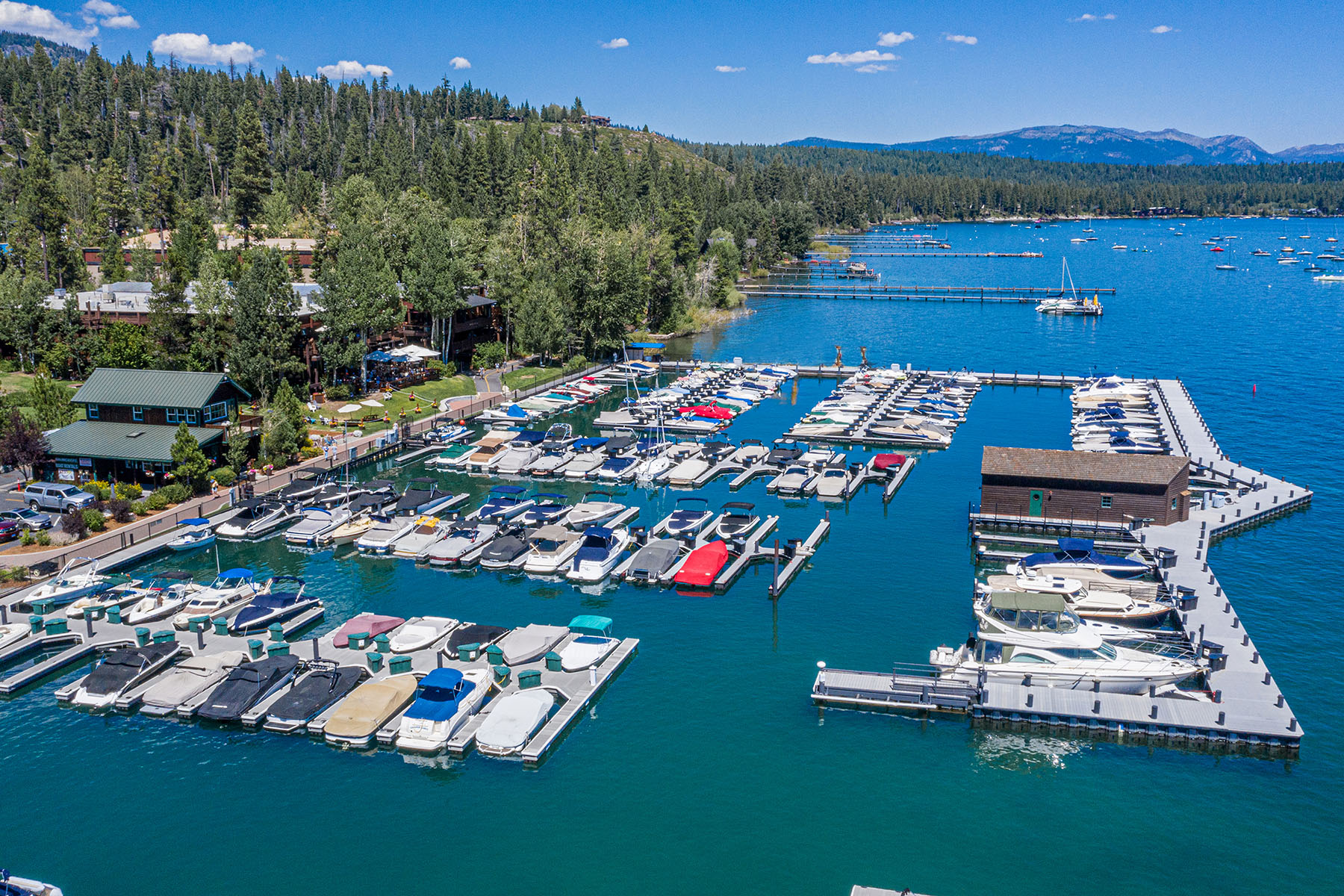 in 700 N Lake Blvd #E-16, Tahoe City, California ,96145