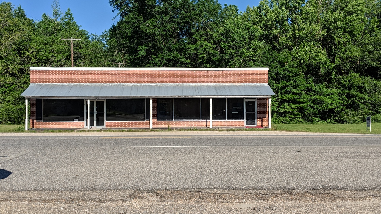in 30166 Highway 17, Millry, Alabama ,36558