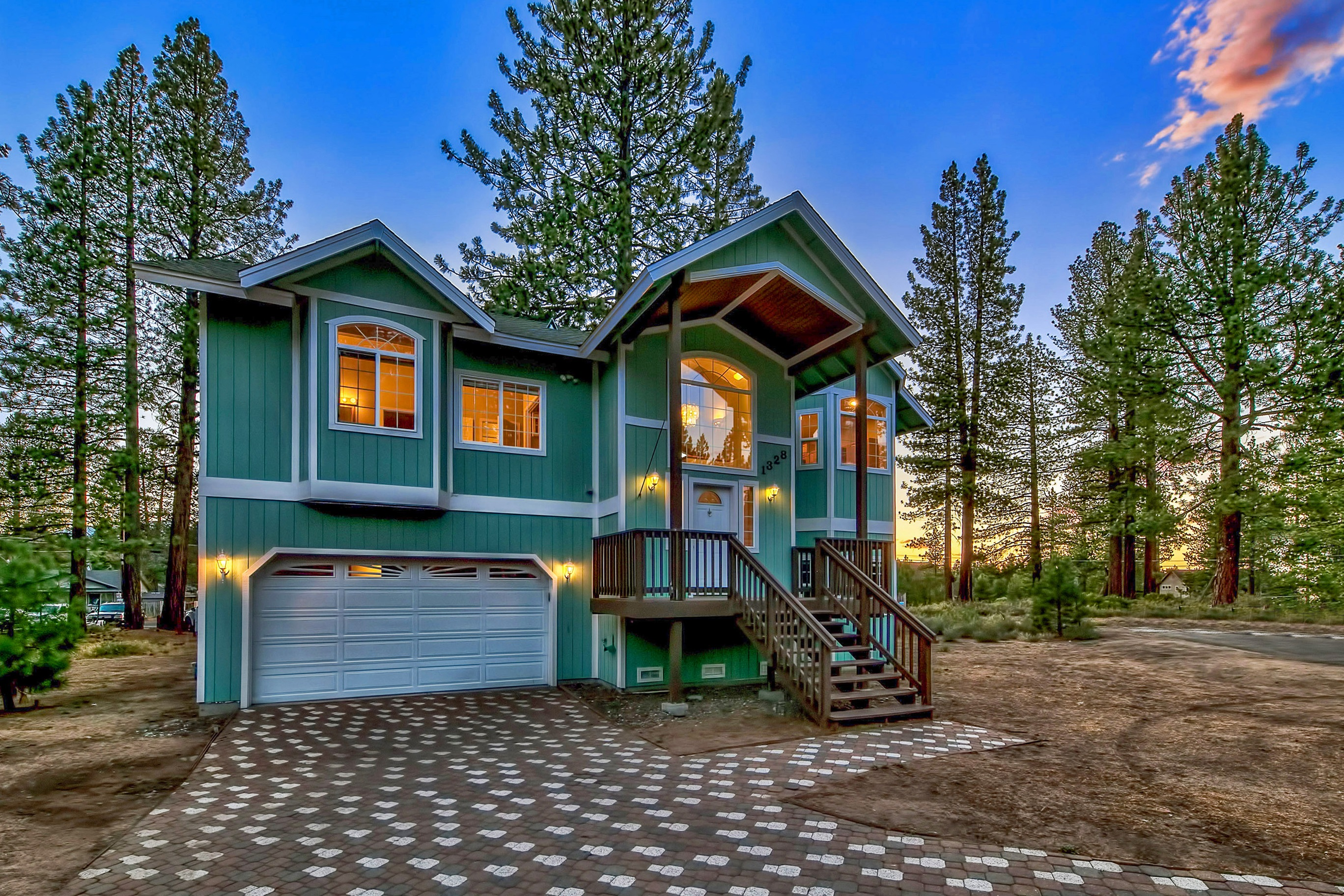 Residenza monofamiliare in vendita in 1328 Dick Lake Road, South Lake Tahoe, California ,96150