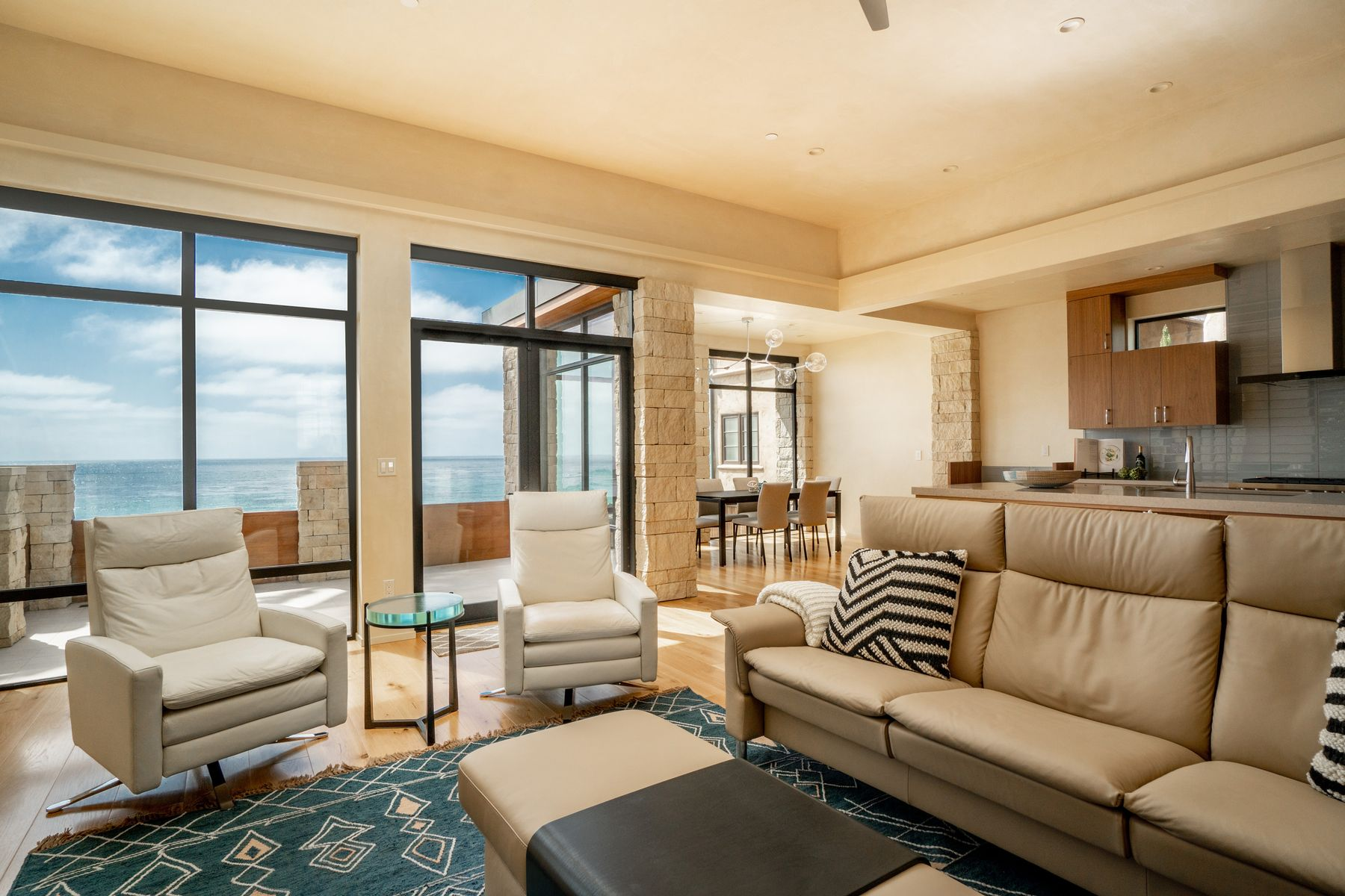 Residenza monofamiliare in vendita in 0 Scenic 4 Ne Of 13th, Carmel By The Sea, California ,93921