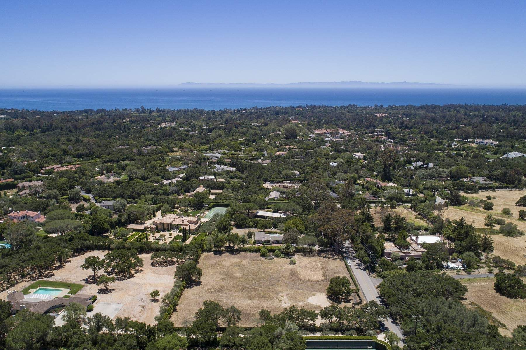Compra di terreno in 850 San Ysidro Road, Montecito, California ,93108
