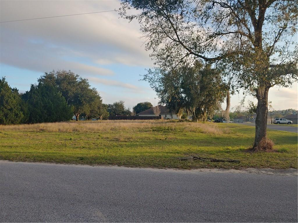 Compra di terreno in 13026 Florida AVENUE, Astatula, Florida ,34705